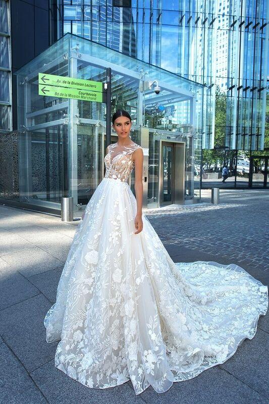 Свадебное платье напрокат Crystal Модель Laima - фото 1