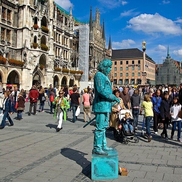 Туристическое агентство Оскор Автобусный экскурсионный тур с отдыхом в Испании «Дрезден – Париж – отдых в Ллорет-де-Мар (6 дней) – Мюнхен» - фото 1