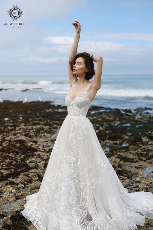 Свадебное платье напрокат Ange Etoiles Платье свадебное AEriality Collection  Larein - фото 2