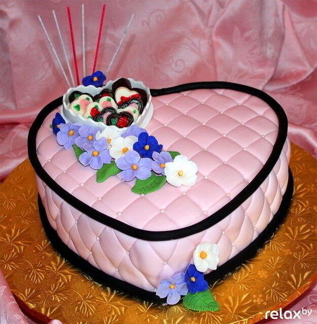 Торт Дольче Праздничный торт на 14 февраля - фото 1