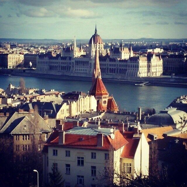 Туристическое агентство Голубой парус Автобусный экскурсионный тур «Будапешт – Братислава – Вена» - фото 1
