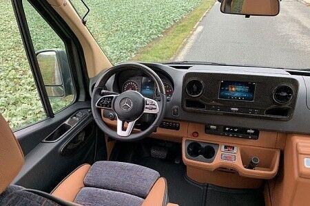 Прокат авто Mercedes-Benz Sprinter Black 2019 Touristik - фото 5