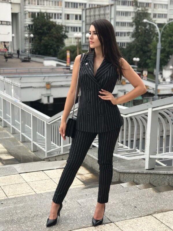 Костюм женский It's me! (Это Я!) Чёрный костюм в полоску приталенный - фото 1
