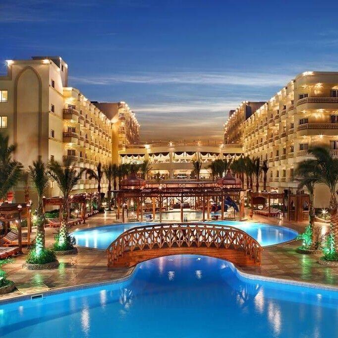 Туристическое агентство Кросс тур Пляжный авиатур в Египет, Хургада, Amc Royal Resort 5* - фото 1