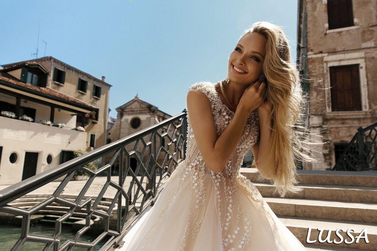 Свадебный салон Bonjour Galerie Свадебное платье Lussa из коллекции La Douceur - фото 4