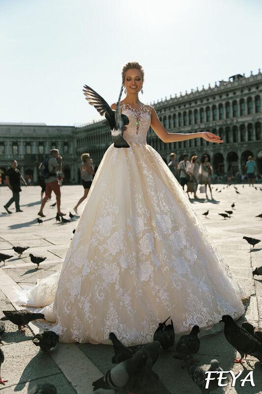 Свадебный салон Bonjour Galerie Свадебное платье Feya из коллекции La Douceur - фото 1