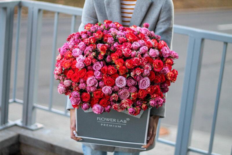 Магазин цветов Cvetok.by Коробочка «Яркие моменты» - фото 1