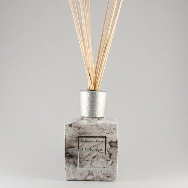 Подарок на Новый год Carbaline Аромадиффузор с палочками «Куб мрамор», 250 мл - фото 1