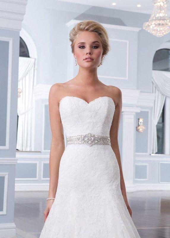 Свадебный салон Lillian West Свадебное платье «Alana» - фото 3