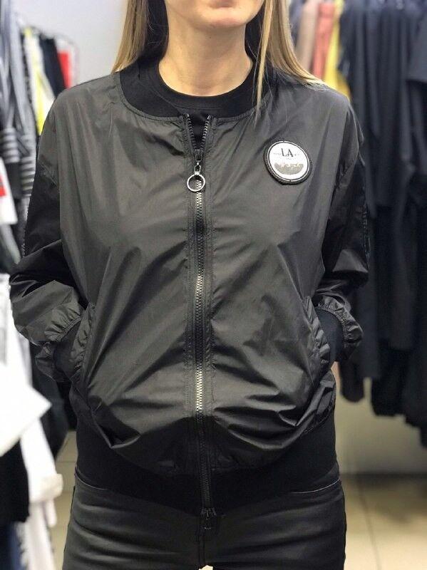 Верхняя одежда женская It's me! (Это Я!) Курточка в чёрном и белом цвете - фото 1