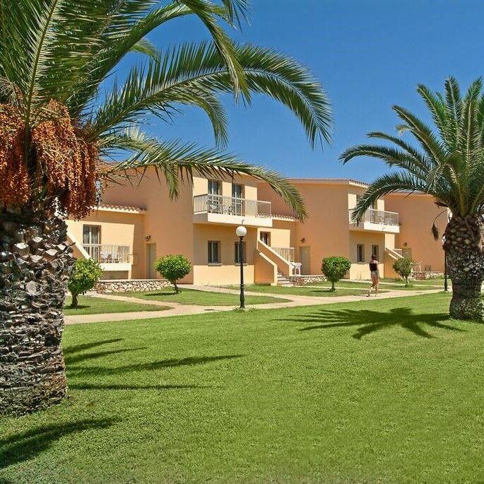Туристическое агентство EcoTravel Пляжный авиатур на Кипр, Айя-Напа, Nissiana Hotel & Bungalows 3* - фото 1