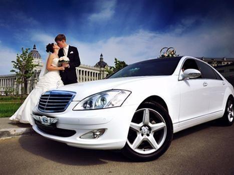 Прокат авто Mercedes-Benz W221 S-class белого цвета - фото 4