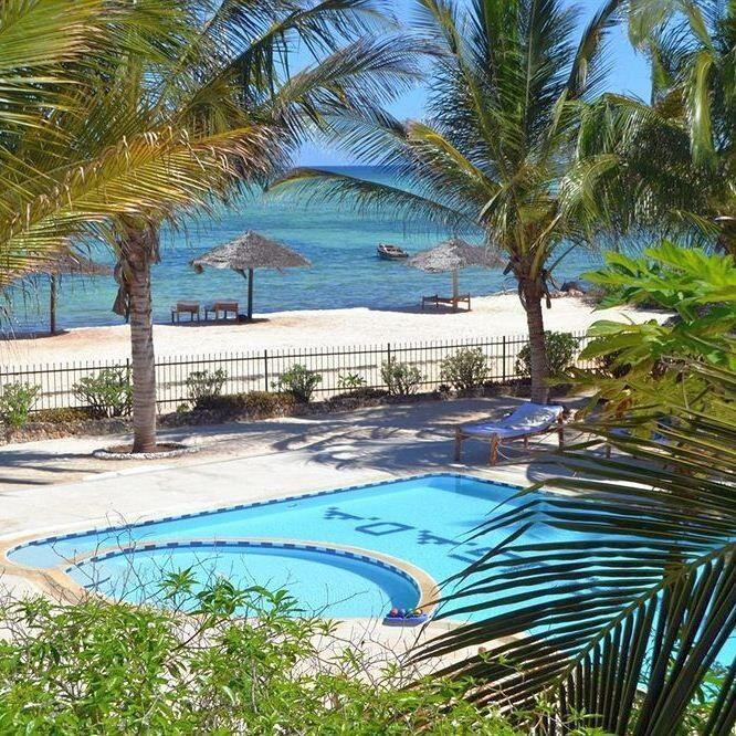 Горящий тур Дирижабль Пляжный тур в Танзанию, о. Занзибар, La Madrugada Beach Hotel & Resort 3* - фото 1