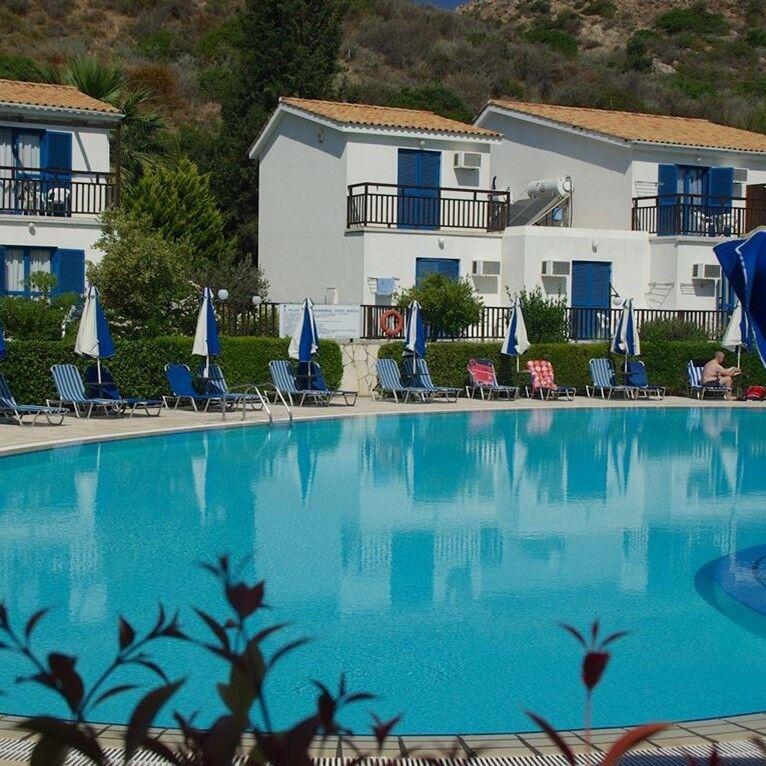 Туристическое агентство Кросс тур Пляжный авиатур на Кипр, Писсури, Bomo Club Hylatio Tourist Village 3*+ - фото 1