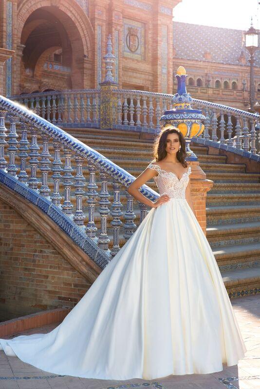 Свадебный салон Crystal Платье свадебное Isabel - фото 1