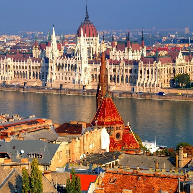Туристическое агентство ИрЭндТур Автобусный экскурсионный тур «Цветущий Будапешт» - фото 1