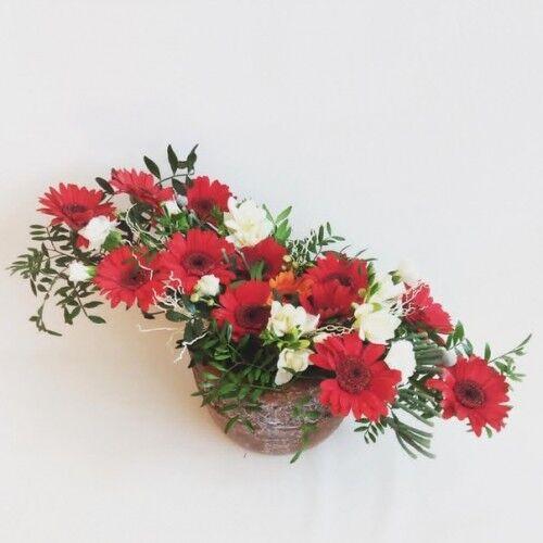 Магазин цветов Планета цветов Цветочная композиция №10 - фото 1