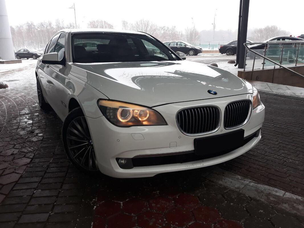 Прокат авто BMW 7 (F01) - фото 4