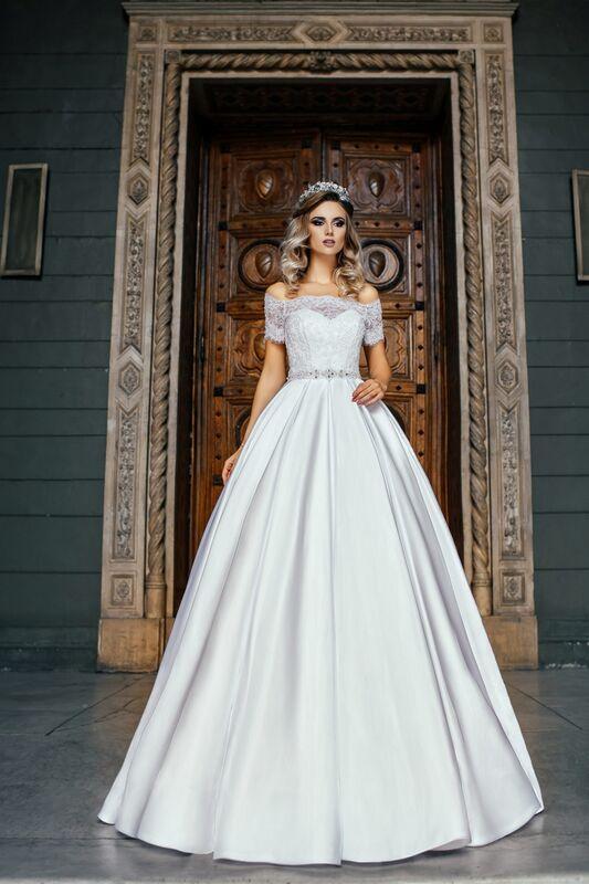 Свадебное платье напрокат Nicole Платье свадебное Evelyn - фото 1