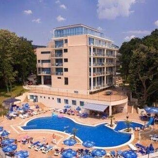 Туристическое агентство Клеопатра-тур Авиатур в Болгарию, Золотые пески, Holiday Park 4* - фото 1