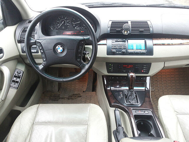 Прокат авто BMW X5 - фото 2