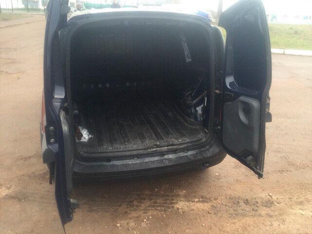 Прокат авто Renault logan van - фото 4