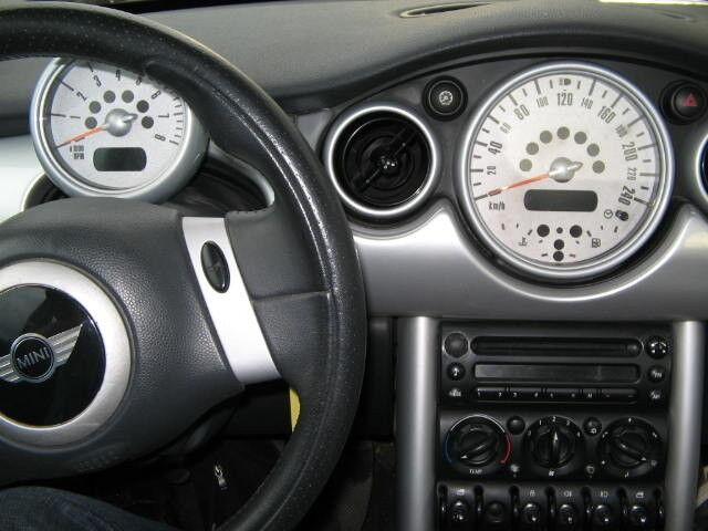 Прокат авто Мини Mini Cooper - фото 3