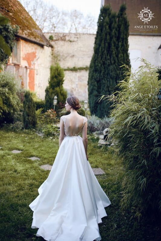 Свадебный салон Ange Etoiles Свадебное платье AEriality Collection Aurora - фото 2