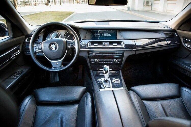 Прокат авто BMW F02 7 series черного цвета - фото 10