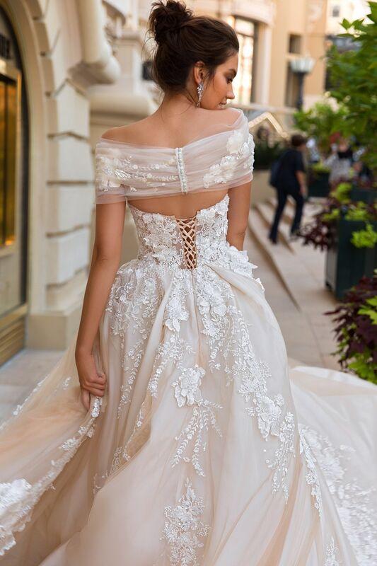 Свадебный салон Crystal Платье свадебное Emilia - фото 4