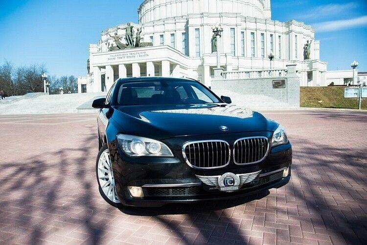 Прокат авто BMW F02 7 series черного цвета - фото 1