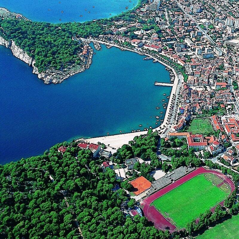 Туристическое агентство ТрейдВояж Автобусный тур HRV B02 с отдыхом на море в Хорватии, Апартаменты «Макарска» - фото 1