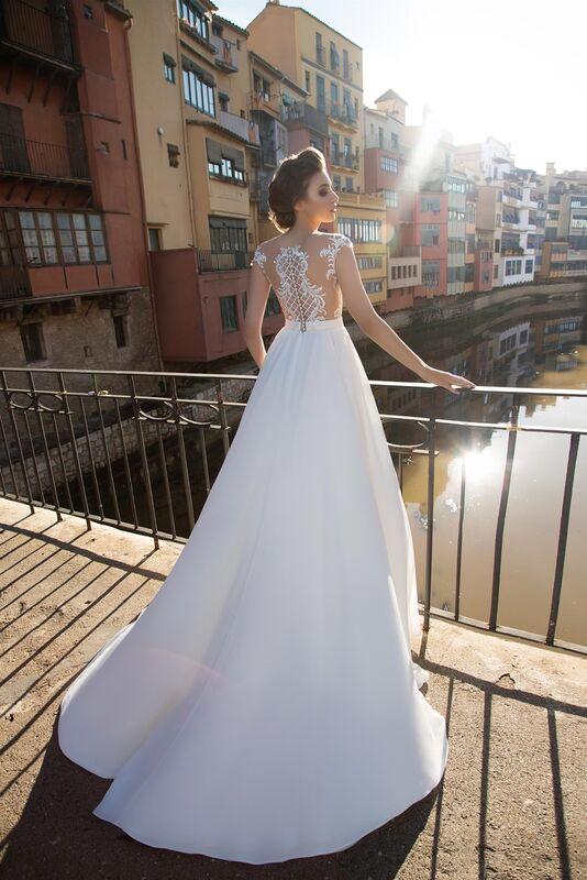 Свадебный салон Bonjour Свадебное платье «Beatris» из коллекции LA SENSUALITE 2017 - фото 4