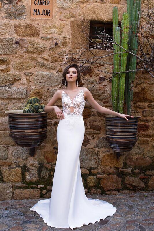 Свадебный салон Bonjour Galerie Свадебное платье «Adriana» из коллекции LA SENSUALITE - фото 1