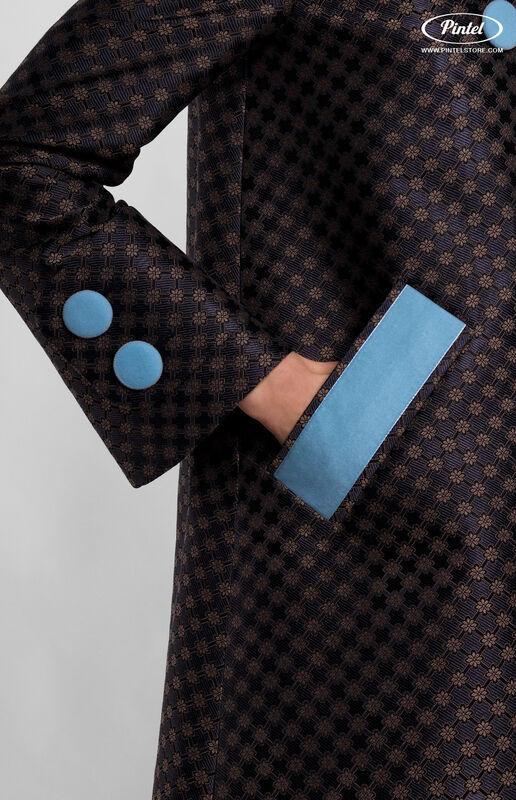 Верхняя одежда женская Pintel™ Комплект из пальто и комбинезона с укороченными шортами Parsis - фото 4
