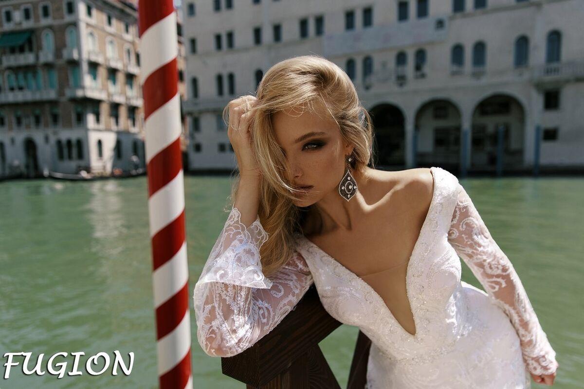 Свадебный салон Bonjour Galerie Свадебное платье Fugion из коллекции La Douceur - фото 3
