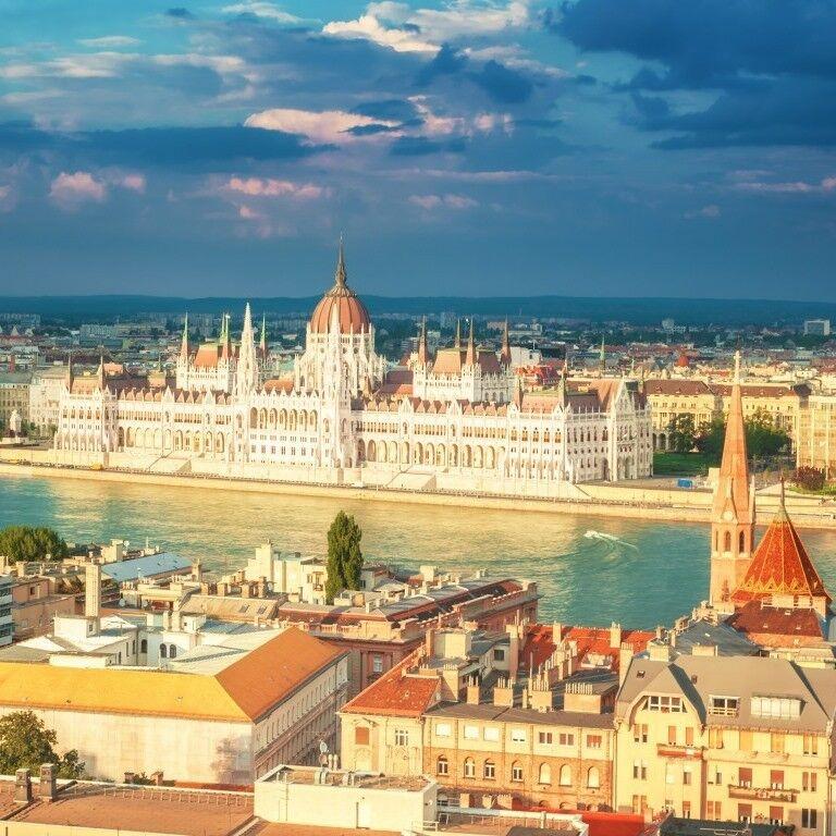 Туристическое агентство СоларТур Автобусный экскурсионный тур «Будапешт – Прага» - фото 1