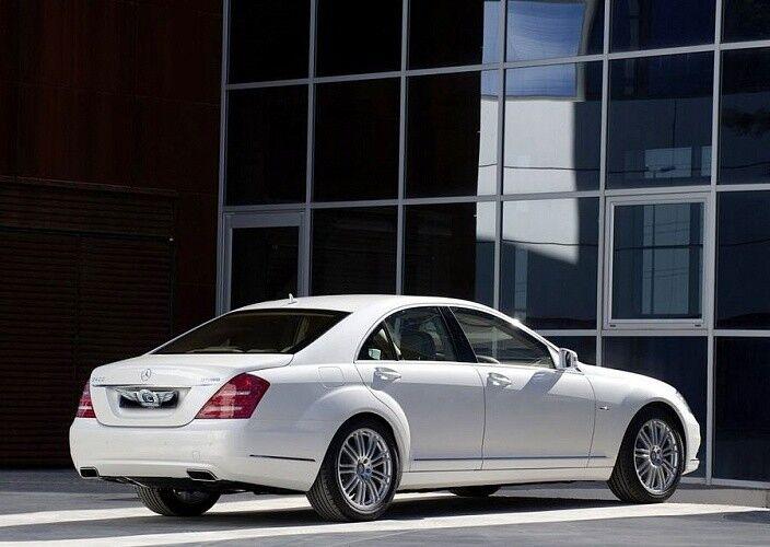 Прокат авто Mercedes-Benz W221 S-class белого цвета - фото 3