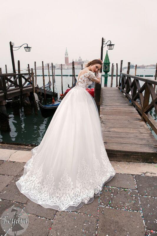 Свадебный салон Bonjour Galerie Свадебное платье «Feydra» из коллекции LE DELICE - фото 3