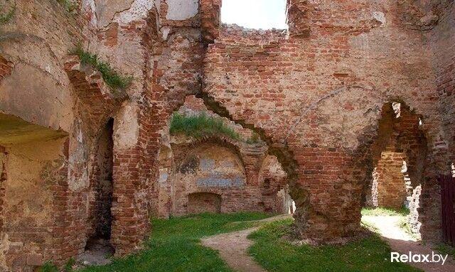 Достопримечательность Ружанский замок Фото - фото 6