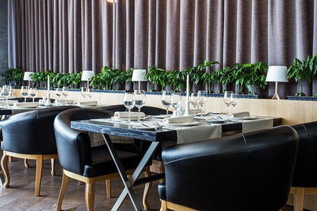 Ресторан и кафе на Новый год Wood & Fire Общий зал - фото 4