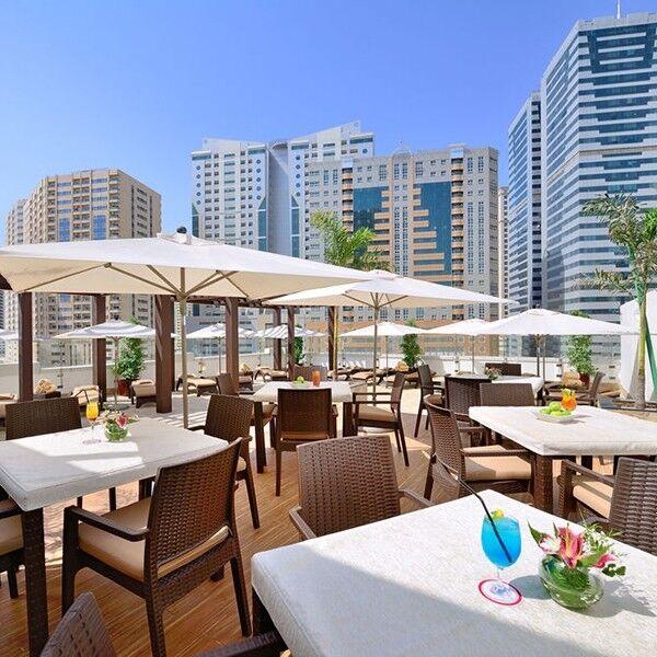 Туристическое агентство Суперформация Пляжный тур в ОАЭ, Шарджа, Ramada Hotel & Suites Sharjah 4* - фото 1
