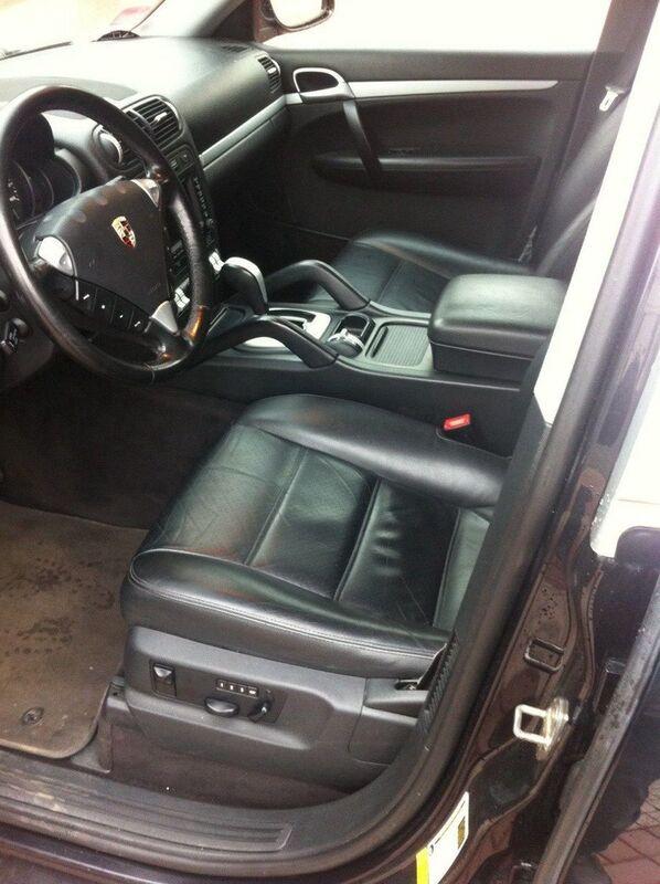 Аренда авто Porsche Cayenne черный - фото 4