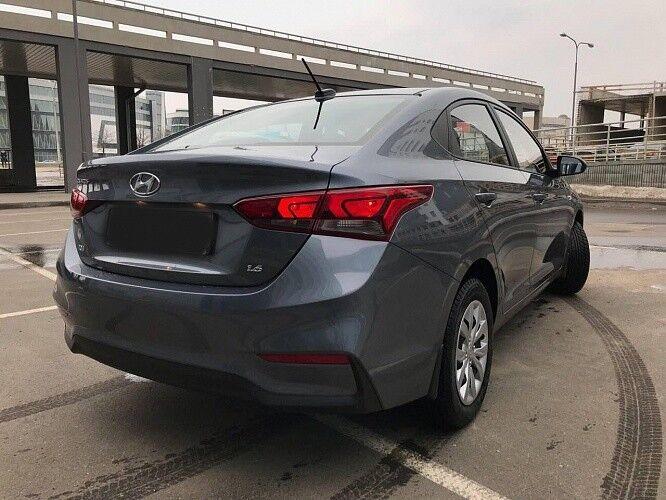 Прокат авто Hyundai Solaris серебристый - фото 5