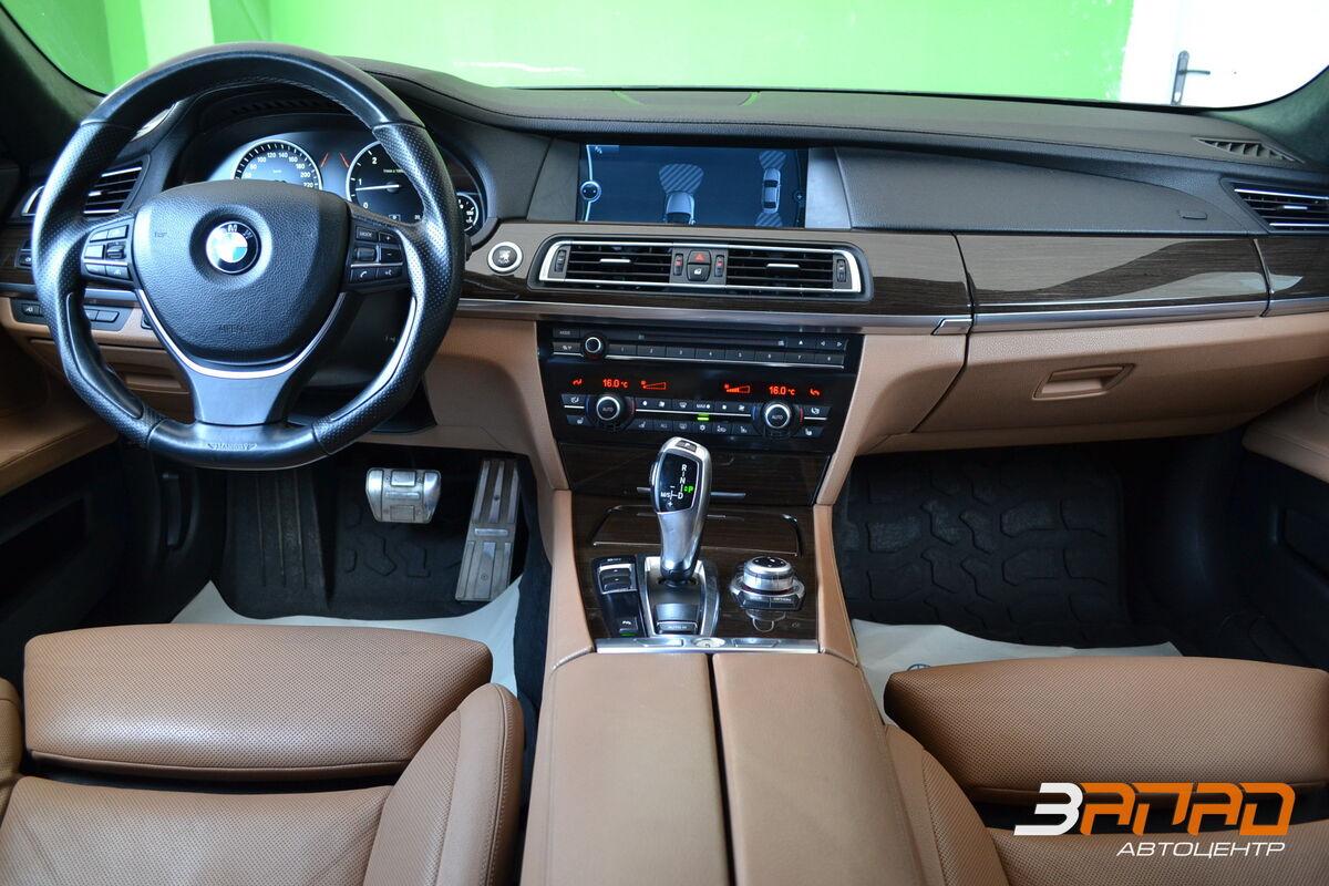 Аренда авто BMW 7/ F01 Mansory 2012 Черный - фото 7