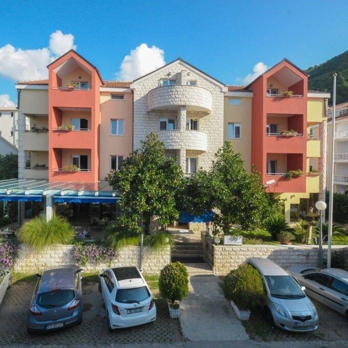 Туристическое агентство Клеопатра-тур Пляжный авиатур в Черногорию, Будва, Aquamarin 3* - фото 1