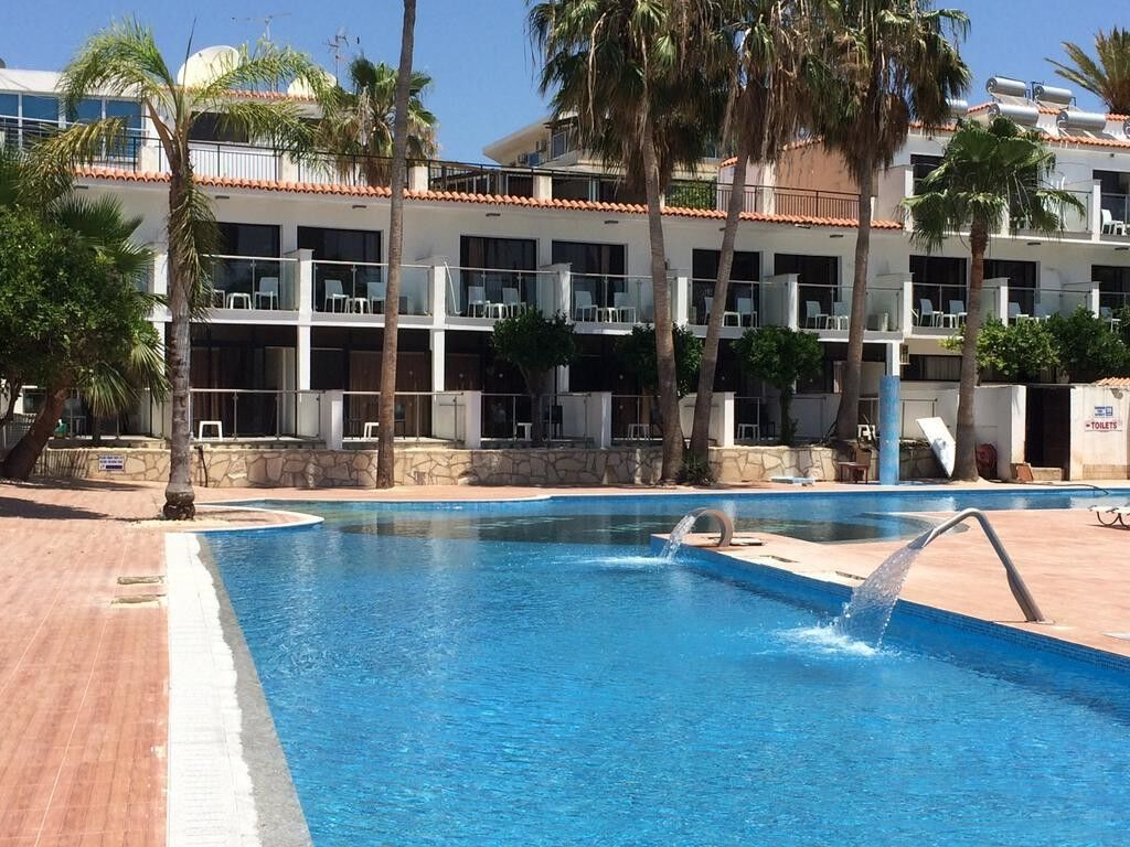 Туристическое агентство Санни Дэйс Пляжный авиатур на Кипр, Айя-Напа, Eleana Hotel Apartments 2* - фото 2