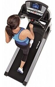 Тренажер True Fitness Беговая дорожка M50 - фото 1
