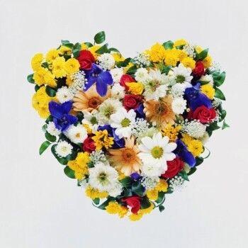 Магазин цветов Ветка сакуры Композиция «Сердце» 3 - фото 1