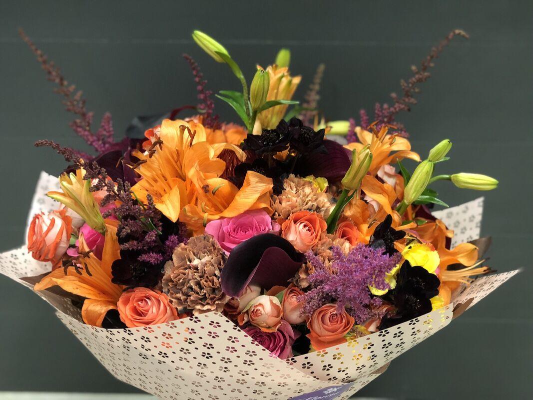 Магазин цветов Florita (Флорита) Букет из лилий, кал, целлозии - фото 1